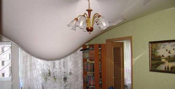 Провис натяжного потолка