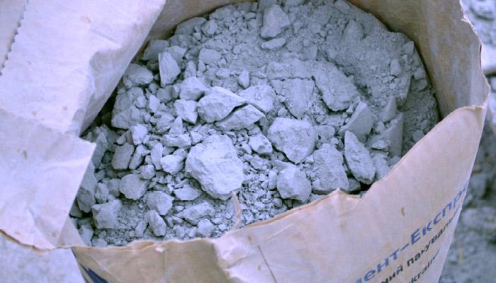 некачественный цемент