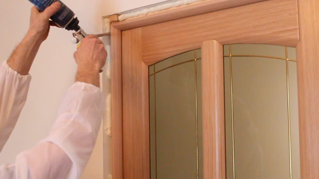 Как правильно своими руками установить межкомнатные двери своими руками 24