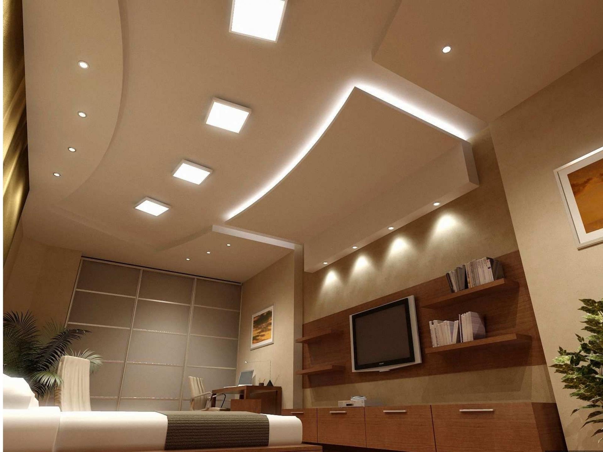 как расположить свет на потолке