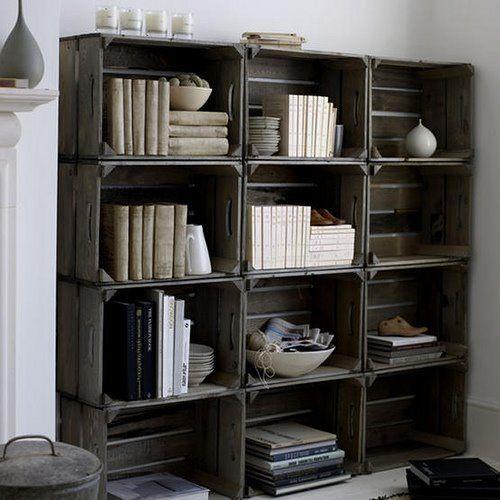 книжный шкаф из паллет