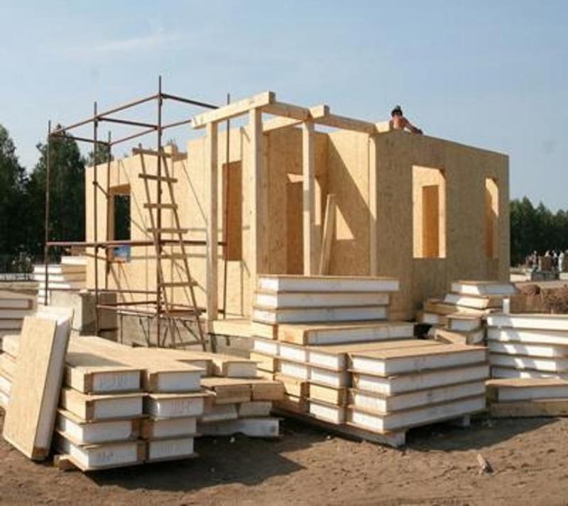 строительством дома из СИП панелей