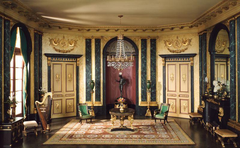 гостинная в имперском стиле